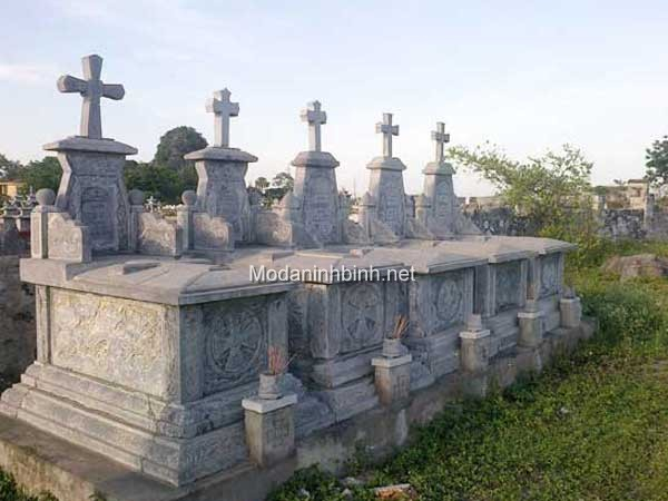 Mộ đá công giáo NB 011