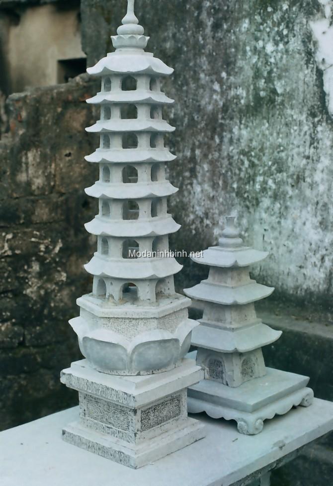 Mộ tháp đá NB 001