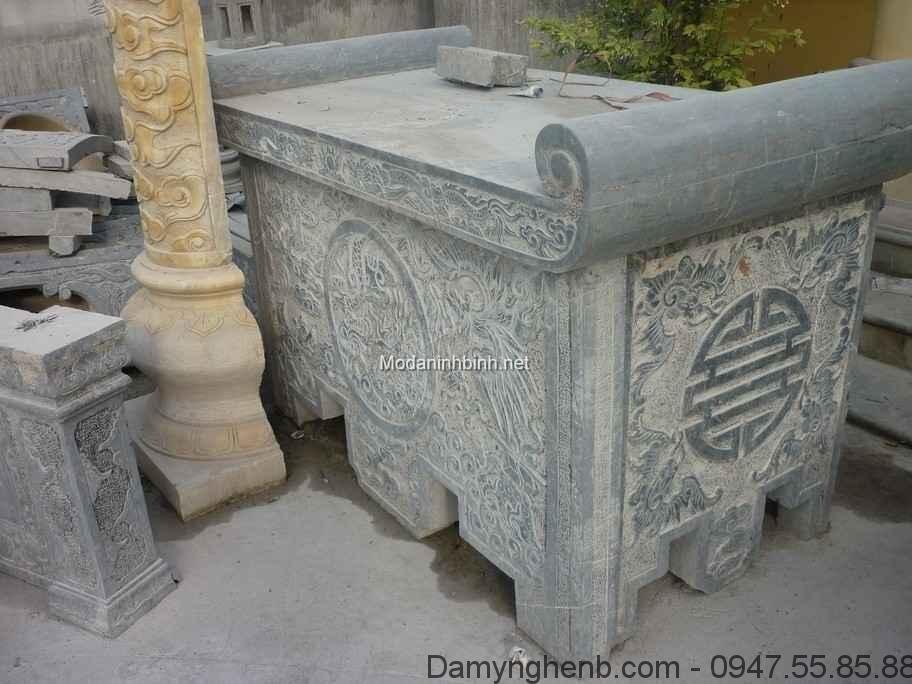 Mẫu bàn lễ bằng đá đẹp NB 010