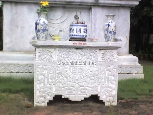 Mẫu bàn lễ bằng đá đẹp NB 011