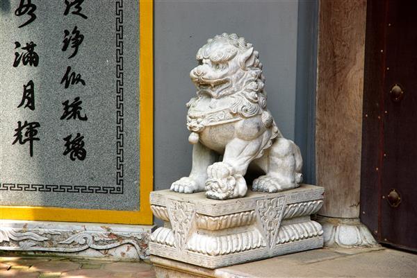 Sự phát triển sư tử đá Việt Nam so với sư tử đá Trung Quốc