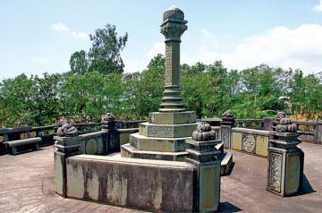 Tiền Giang có ngôi mộ đẹp nhất Miền Nam